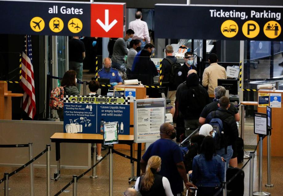 Les États-Unis lèveront les restrictions d'entrée aux frontières pour les vaccinés le 8 novembre