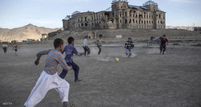 """ال""""فيفا"""" .. إجلاء ما يقرب من مائة لاعب ولاعبة كرة قدم من أفغانستان"""