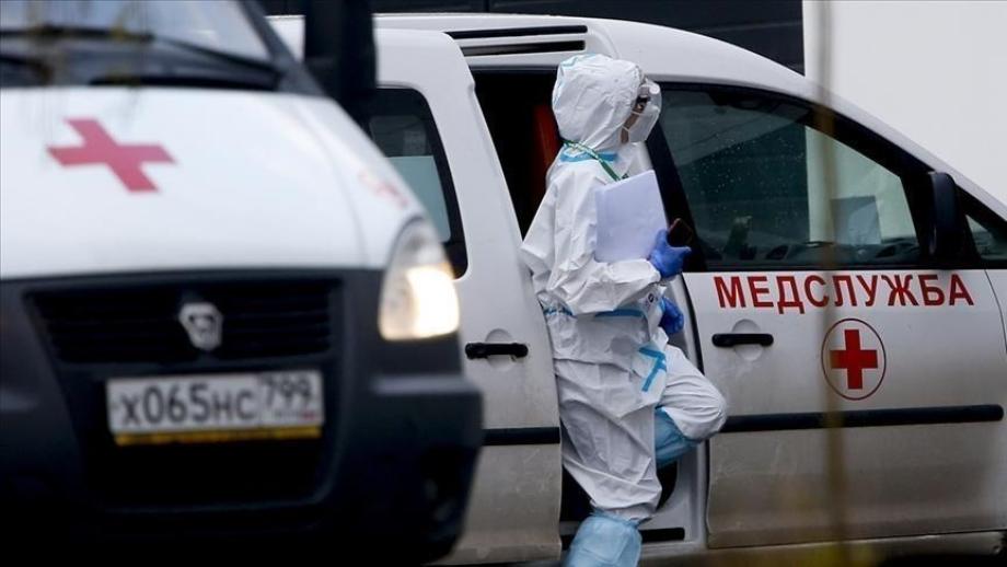 Russie/Covid-19: nouveau record quotidien de contamination, vers une semaine de congé généralisé