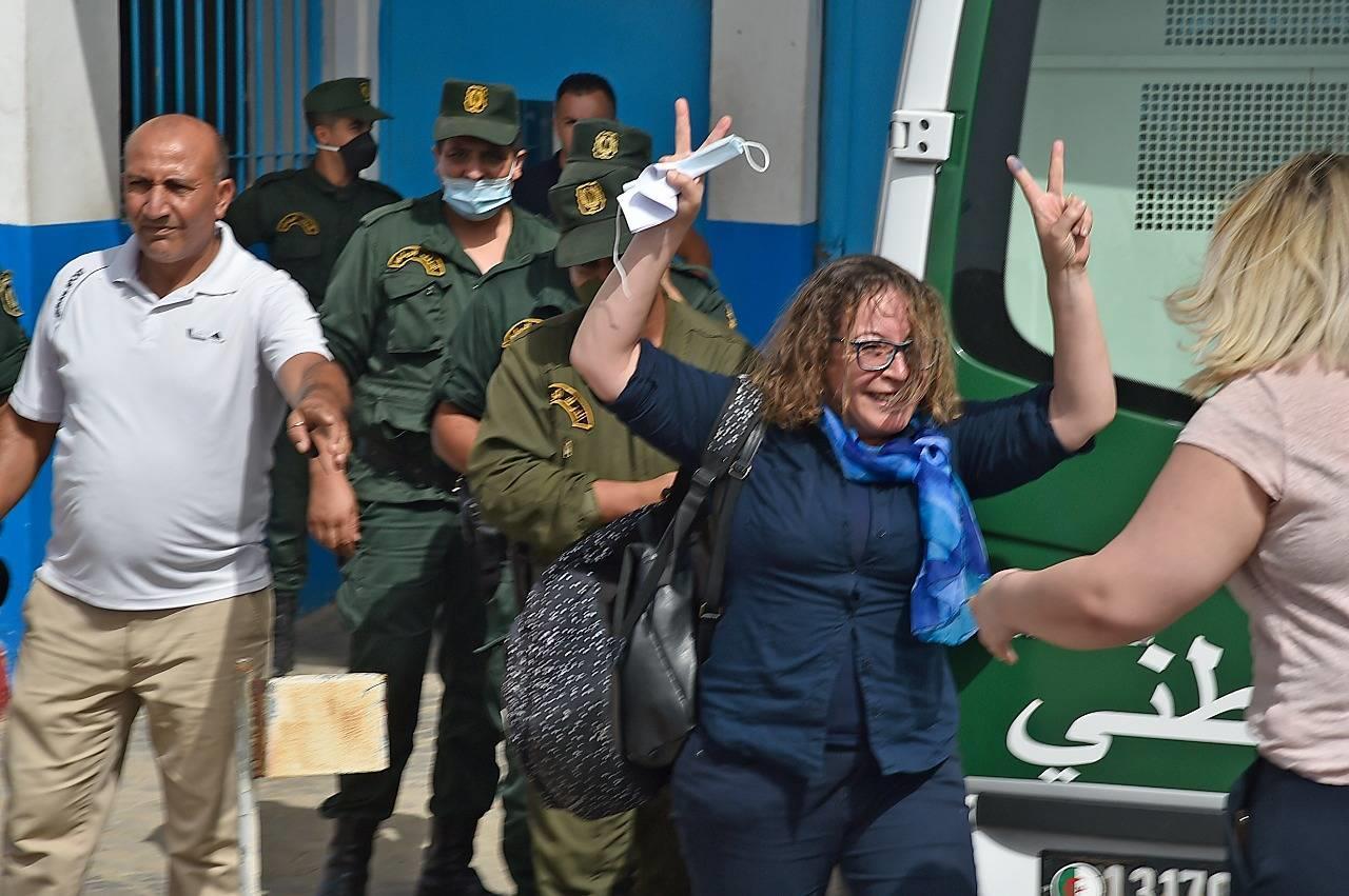 تأكيد حكم بالسجن سنتين في حق ناشطة سياسية بالجزائر
