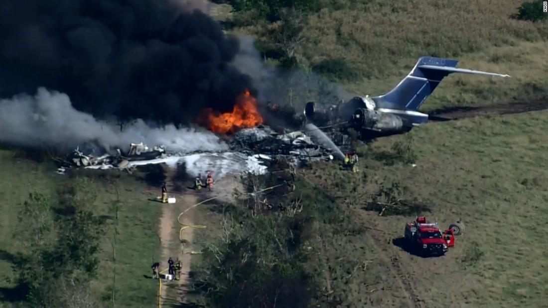 تحطّم طائرة مدنية لدى إقلاعها في تكساس ونجاة كل ركابها