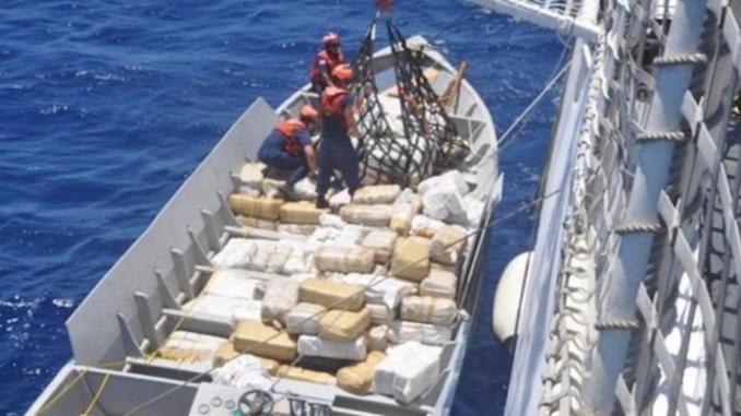 Plus de 2 tonnes de cocaïne saisies par la marine sénégalaise sur un navire au large de Dakar
