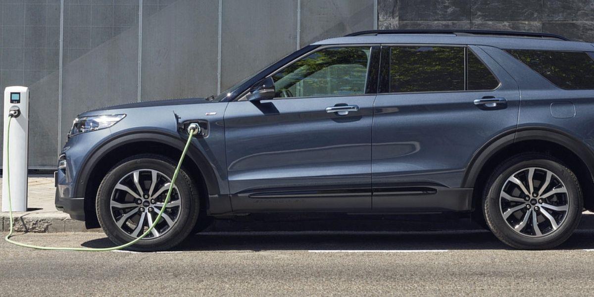 Marché automobile européen: les ventes d'hybrides dépassent pour la première fois celles des voitures diesel