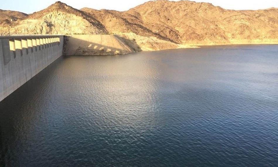 السعودية تبدأ إجراءات إنشاء 1000 سد مائي جديد