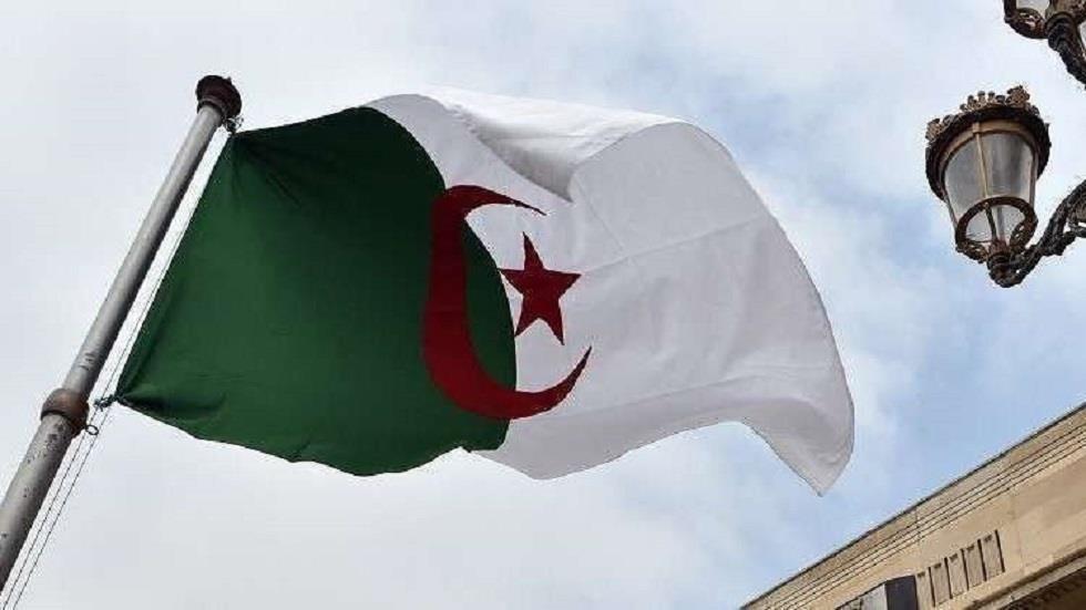 """وسائل إعلام جزائرية: حرية الصحافة في ظل """"الجزائر الجديدة"""" ما هي إلا """"خطاب أجوف وكذبة"""""""