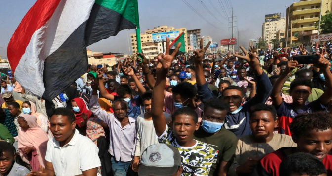 الاتحاد الإفريقي يعلق عضوية السودان على خلفية الانقلاب