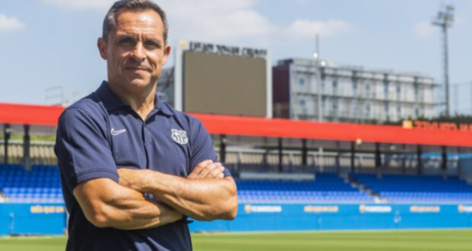 FC Barcelone: Sergi Barjuan, l'entraîneur de l'équipe réserve, assurera l'intérim après Koeman