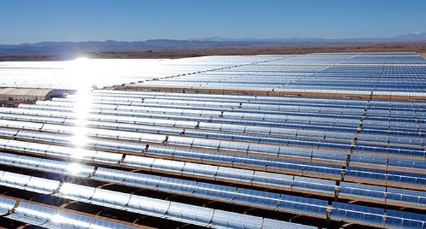 وفد إفريقي يقوم بزيارة لمركب نور للطاقة الشمسية بورزازات