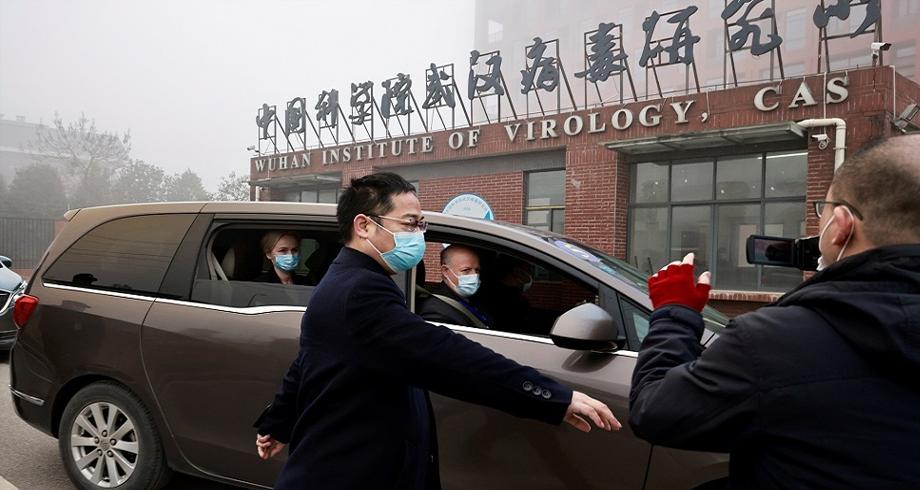 فريق منظمة الصحة العالمية يزور معهد علوم الفيروسات في ووهان