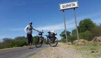 رحالة مغربي يواصل رحلته عبر العالم على متن دراجة هوائية للتعريف بالثقافة المغربية